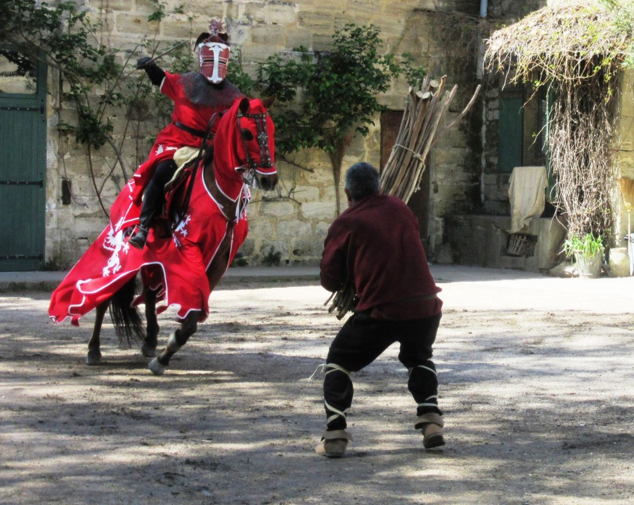 spectacle-medieval